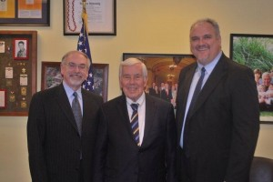 Grace College and Seminary president Ron Manahan (left) and chief development officer John Boal (right) met recently with Indiana Senator Richard Lugar (center).