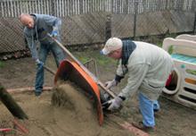 VillageHelps volunteers help with yard work.