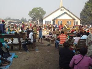 Castor church2014-01