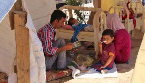 Iraqrefugees in tents